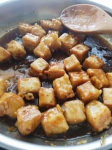 Sense&Edibility's GEN Tso's Vegan Chicken