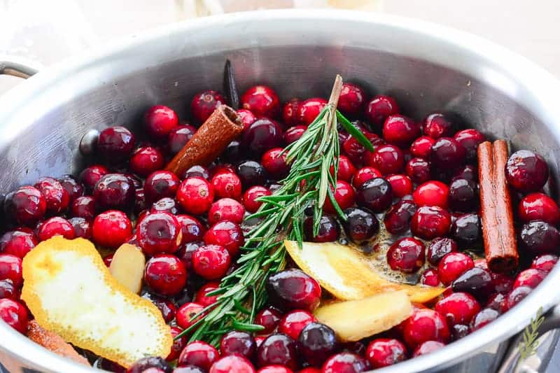 Sense and Edibility's Boozy Cranberry Sauce