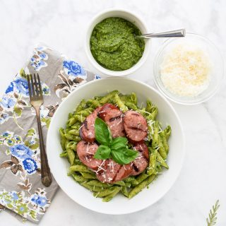 Penne in Pesto Sauce with Grilled Sausage: Dinner in Twenty