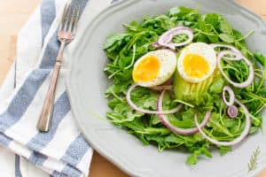 Sense & Edibility's Arugula Salad with Lemon-Garlic Dressing