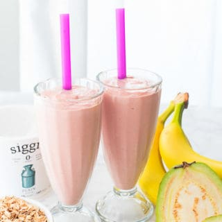 Guava-Banana Oatmeal Breakfast Smoothie