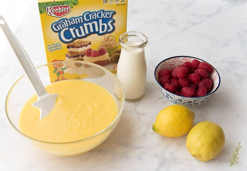 The ingredients needed for the Quick Lemon-Berry Tart