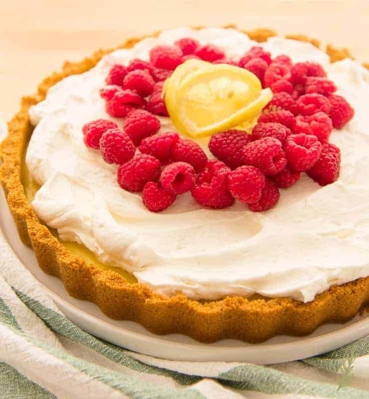 Overhead image of Quick Lemon-Berry Tart