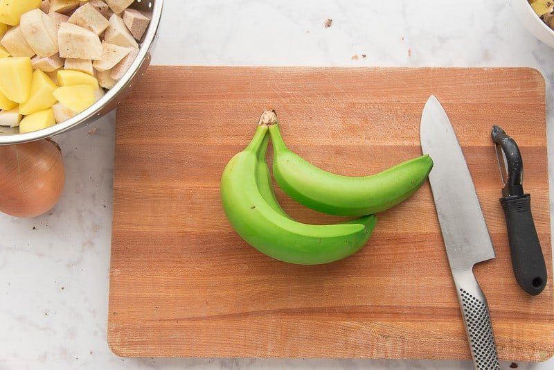 Green bananas for the Serenata